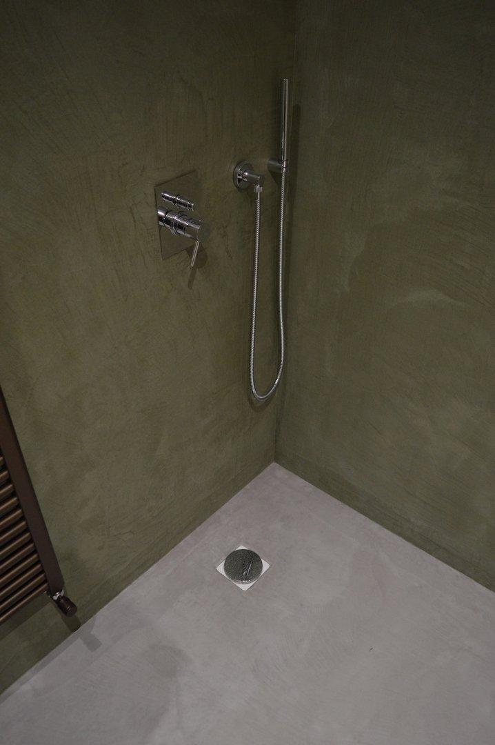 doccia in microcemento